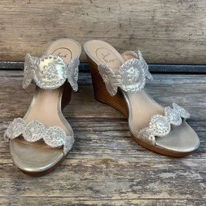Jack Rogers Lucia Stardust Gold Wedge Sandals 8M
